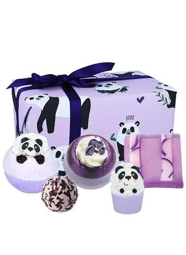 Bomb Cosmetics Panda Yourself Hediye Paketi Renkli